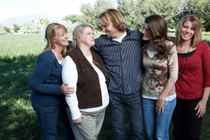 sister-wives-sue-utah-facebook-picture