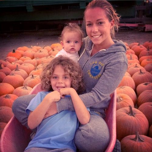 Kendra Wilkinson And Hank Baskett Are Being Open With Their Kids About His Infidelity