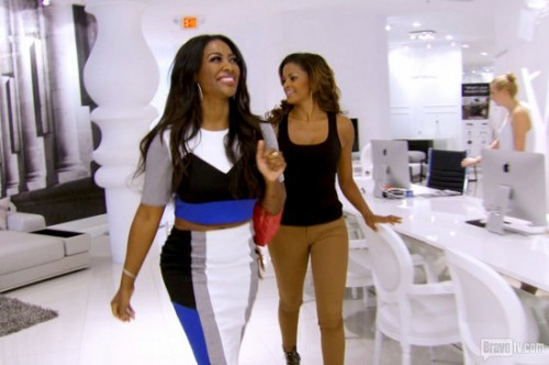 Kenya Moore Throws Major Shade At NeNe Leakes And Porsha Williams