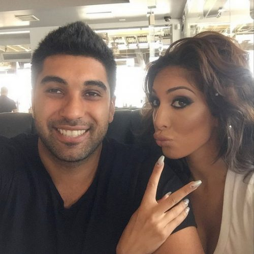 Photos – Reality TV Stars Snapshots And Selfies – April 18th