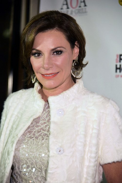 Luann de Lesseps Demands: Everyone Be Cool! Doesn't Trust Ramona Yet