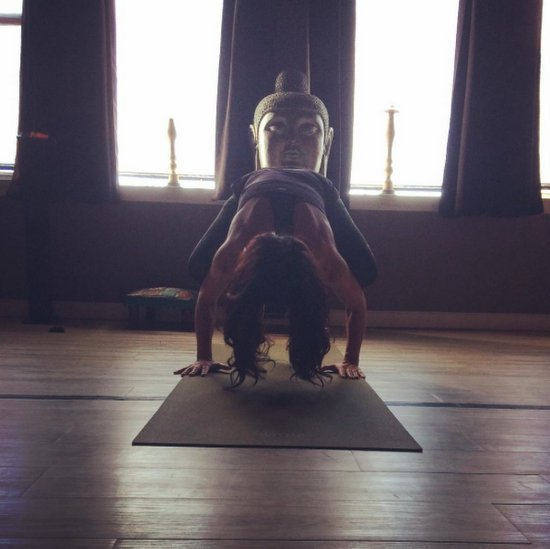 Teresa Giudice does yoga