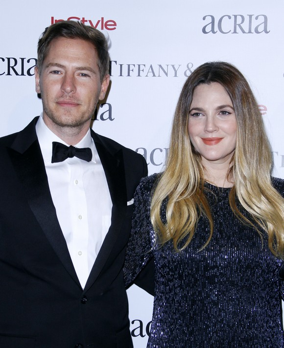 NEW YORK, NY - DECEMBER 10: Will Kopleman and Drew Barrymore attend the ACRIA's 20th Anniversary Holiday Dinner at The Cunard Building on December 10, 2015 in New York City. (Photo by Donna Ward/Getty Images)