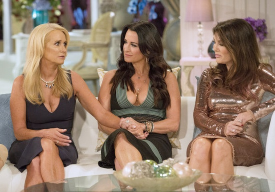 Real Housewives Of Beverly Hills's Sisters Kim And Kyle Richards Are On The Outs