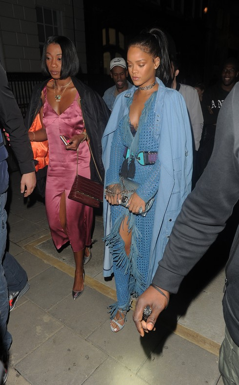 Rihanna and Drake seen leaving Tape club at 5.30am after partying together for the 4th night in a row. Featuring: Rihanna Where: London, United Kingdom When: 02 Jul 2016 Credit: RV/WENN.com