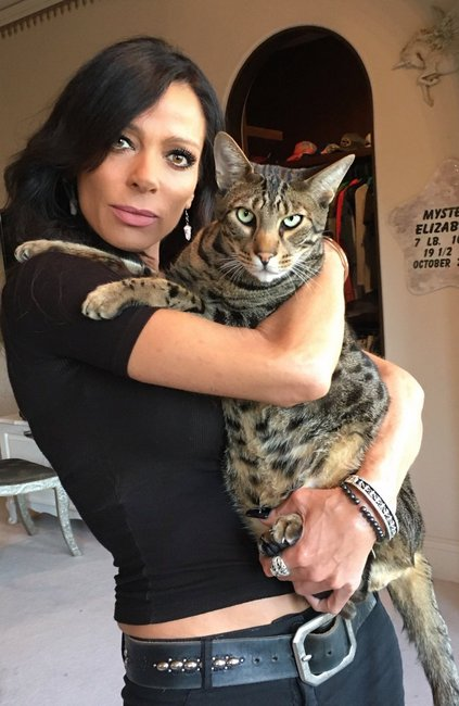 Carlton Gebbia with cat