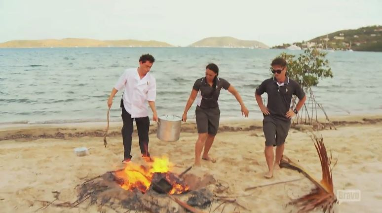 Ben-Robinson-Lauren-Burchnell-Trevor-Walker-Carrying-Pot-Beach-Below-Deck
