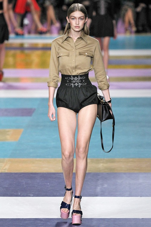 Miu Miu : Runway - Paris Fashion Week Womenswear Spring/Summer 2017