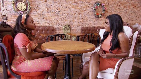 Kenya and Phaedra meet for tea