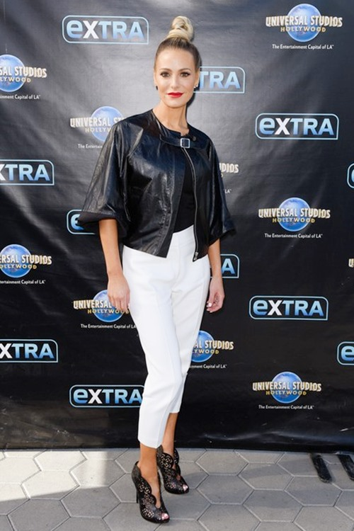 UNIVERSAL CITY, CA - JANUARY 17: Dorit Kemsley visits