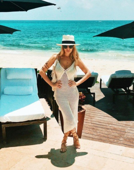 Dorit-Kemsley-Vacation3