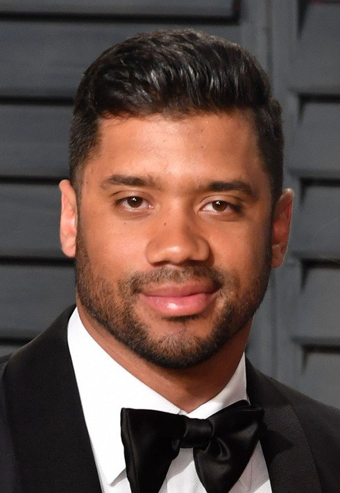 BEVERLY HILLS, CA - FEBRUARY 26:  Russell Wilson attends the 2017 Vanity Fair Oscar Party hosted by Graydon Carter at Wallis Annenberg Center for the Performing Arts on February 26, 2017 in Beverly Hills, California.  (Photo by C Flanigan/Getty Images)