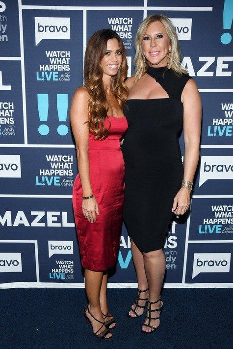 Vicki Gunvalson Wants To Be Friends With Tamra Judge Again; Blames Shannon Beador