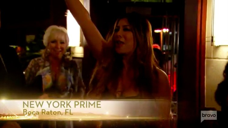 Siggy-Flicker-Arm-Up-RHONJ