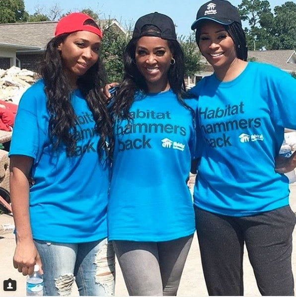 Kenya Moore & Cynthia Bailey Habitat For Humanity