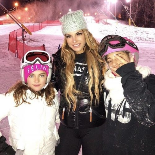 Teresa Giudice Skis With Her Daughters – Photos