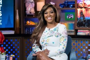 Former Real Housewives of Atlanta's Kenya Moore Dishes on Exit-and Possibility of Coming Back