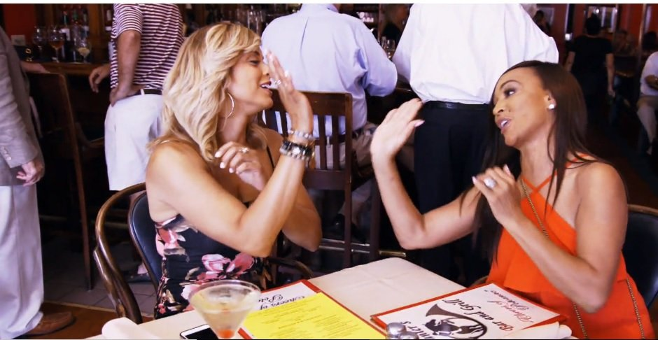 """Robyn Dixon On Her Failed Lunch With Karen Huger: """"Her Usual Defensiveness And Deflection Tactics Took Over"""""""