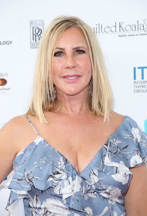 """Vicki Gunvalson Slams Kelly For Discussing Their Feud With Her 11-Year-Old Daughter; Thinks Kelly Is """"Overacting To Create Sympathy And Drama"""""""