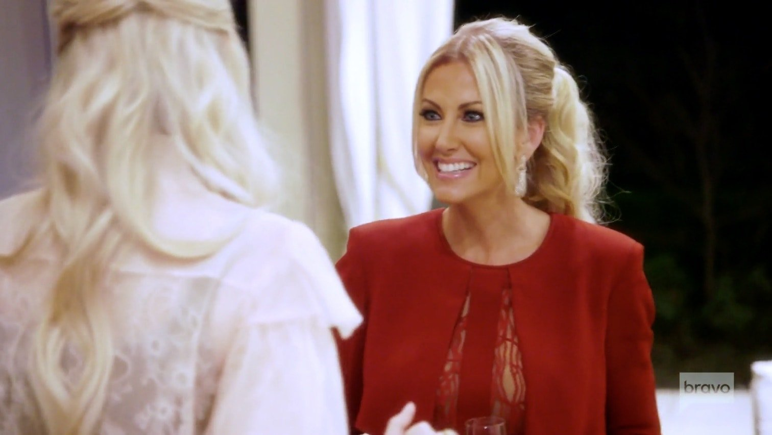 Stephanie Hollman tells Kameron a lie