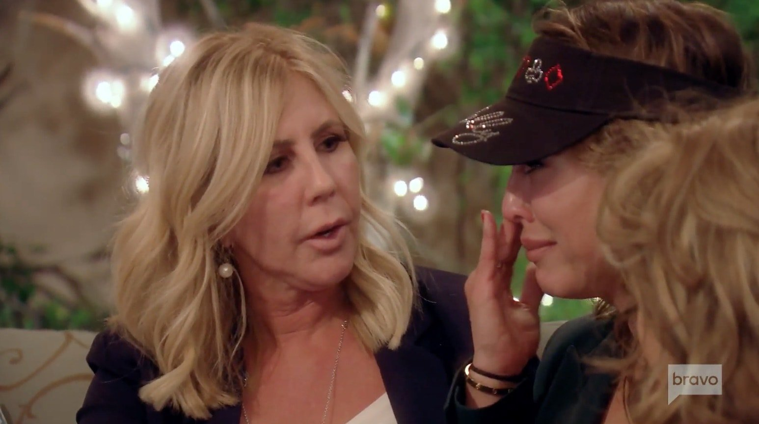 Vicki apologizes to Kelly Again