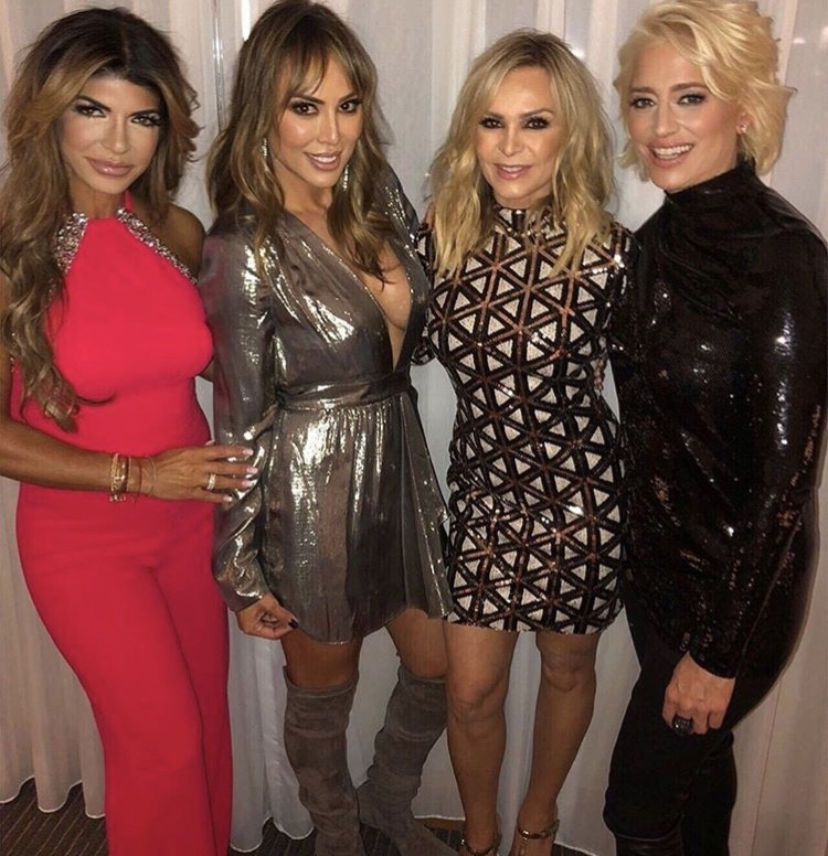 Teresa Giudice, Kelly Dodd, Dorinda Medley, & Tamra Judge In Connecticut- Photos