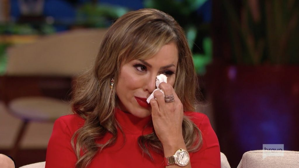 Kelly Dodd cries over Vicki's accusations