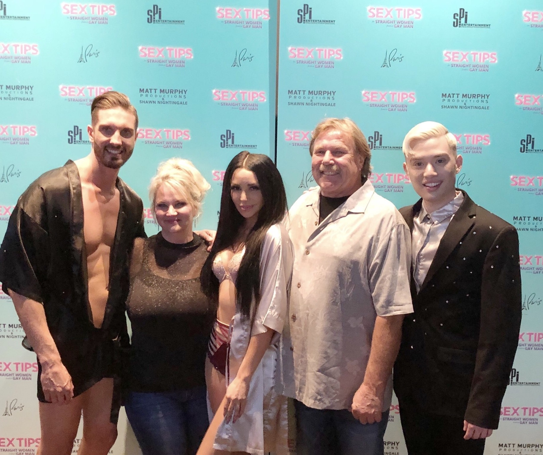 Scheana Marie With Her Family Members & Cast Mates