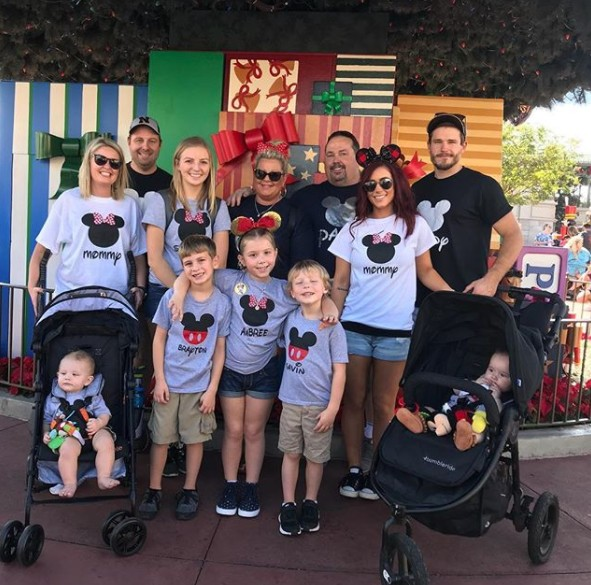 Chelsea Houska's Family At Disney World