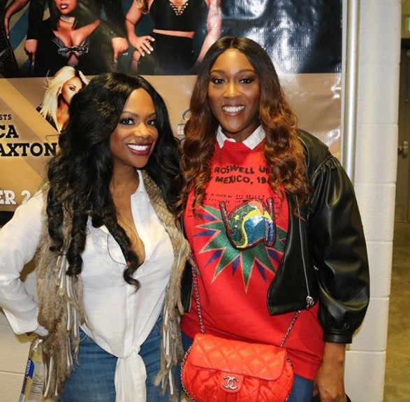 Kandi Burruss Backstage At the Xscape Tour