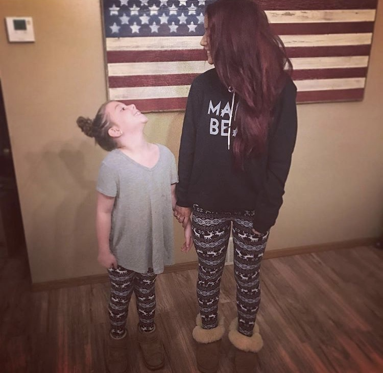 Chelsea Houska With Her Daughter