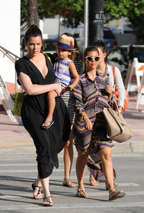 PHOTOS: Kourtney & Khloe Kardashian Take Miami; E! Blocking Khloe From 'The X Factor'?