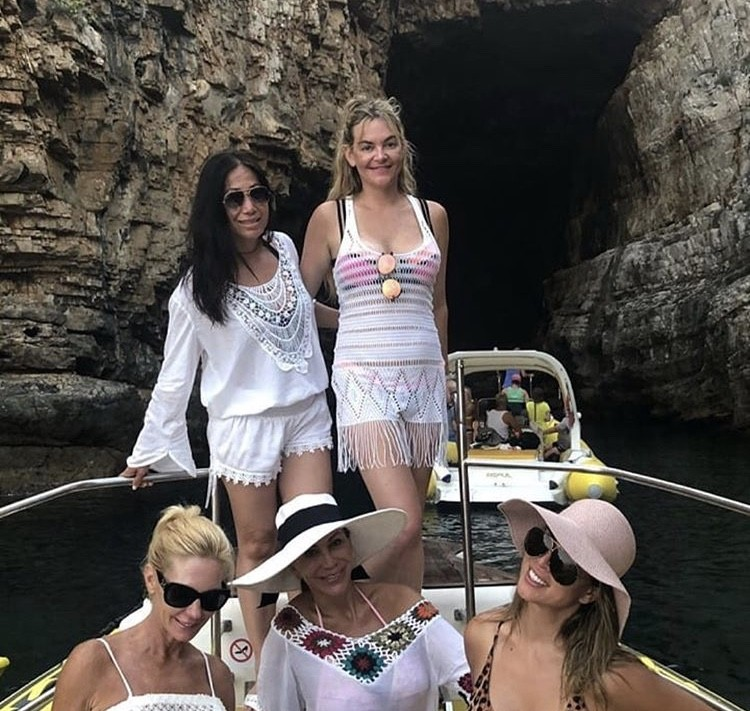 Kelly & Her Friends On A Boat