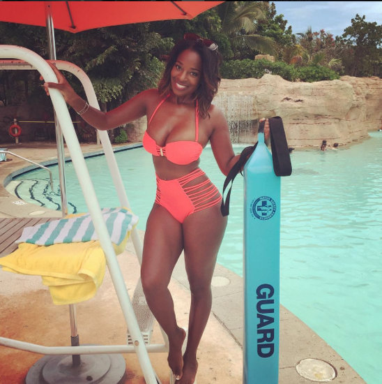 Shamea Plays Baywatch