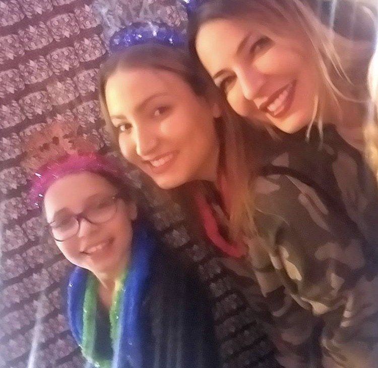 Drita D'Avanzo With Her Daughters