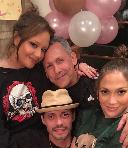 Leah Remini with Jennifer Lopez