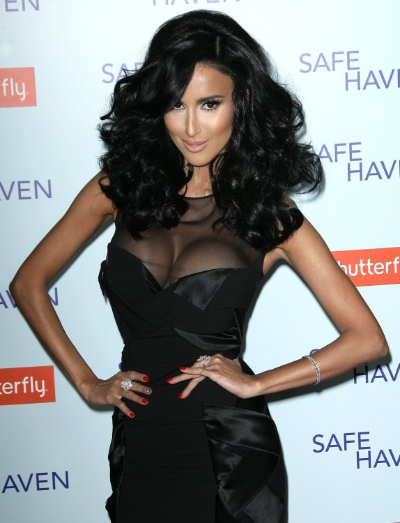 reality-stars-safe-haven-premiere-ghalichi-rossi-hough-21