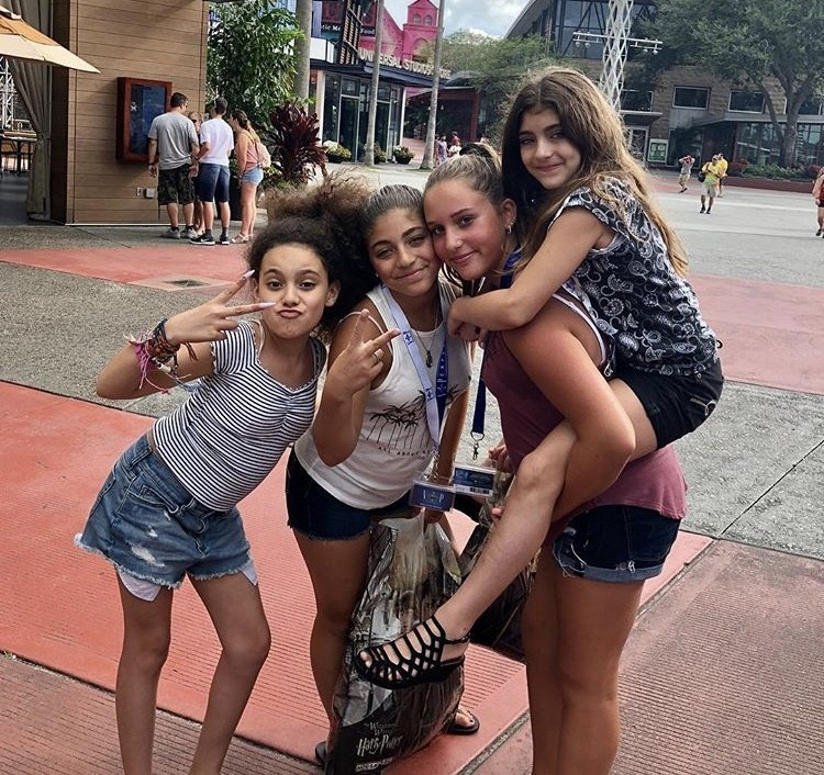 Milania & Audriana With Their Friends