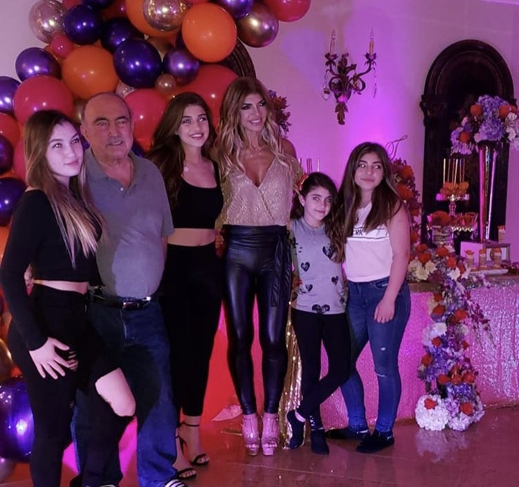 Teresa With Her Four Daughters & Her Father
